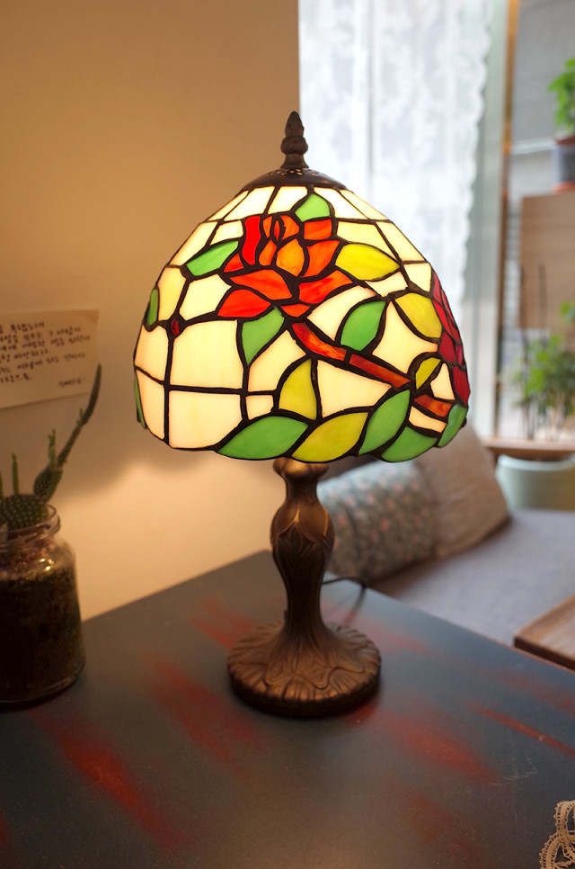 Handemade Vintage Stained Glass Stand No.26
